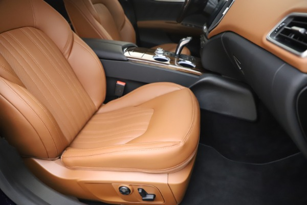 New 2020 Maserati Ghibli S Q4 GranLusso for sale $89,535 at Alfa Romeo of Westport in Westport CT 06880 24