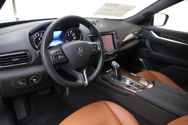 New 2020 Maserati Levante Q4 GranLusso for sale $84,985 at Alfa Romeo of Westport in Westport CT 06880 13