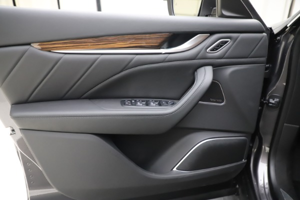 New 2020 Maserati Levante Q4 GranLusso for sale $84,985 at Alfa Romeo of Westport in Westport CT 06880 17
