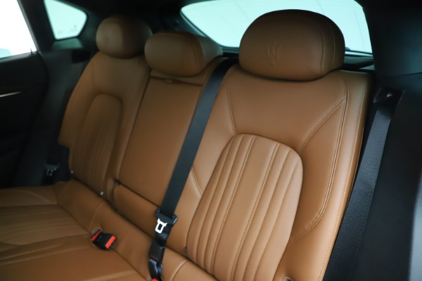 New 2020 Maserati Levante Q4 GranLusso for sale $84,985 at Alfa Romeo of Westport in Westport CT 06880 18