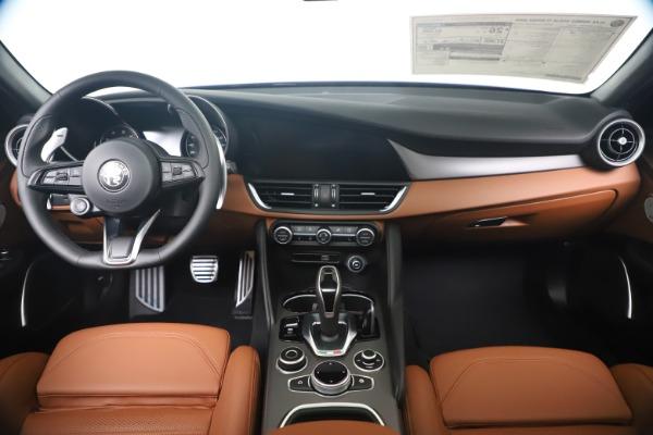 New 2020 Alfa Romeo Giulia Ti Sport Q4 for sale $52,840 at Alfa Romeo of Westport in Westport CT 06880 16