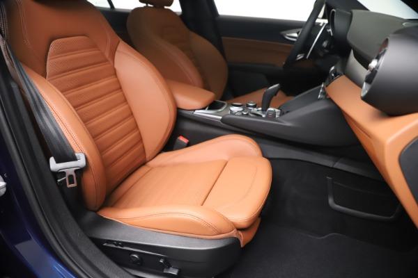 New 2020 Alfa Romeo Giulia Ti Sport Q4 for sale $52,840 at Alfa Romeo of Westport in Westport CT 06880 24