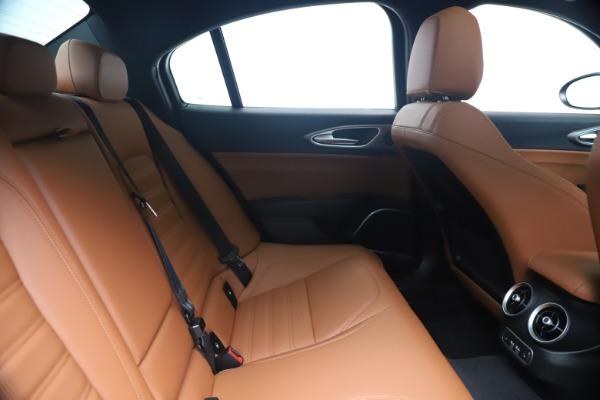 New 2020 Alfa Romeo Giulia Ti Sport Q4 for sale $52,840 at Alfa Romeo of Westport in Westport CT 06880 27