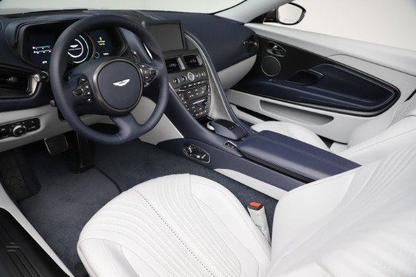 New 2020 Aston Martin DB11 Volante Convertible for sale $271,161 at Alfa Romeo of Westport in Westport CT 06880 13