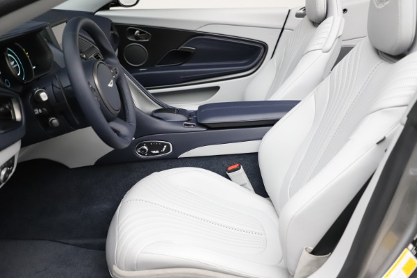 New 2020 Aston Martin DB11 Volante Convertible for sale $271,161 at Alfa Romeo of Westport in Westport CT 06880 14