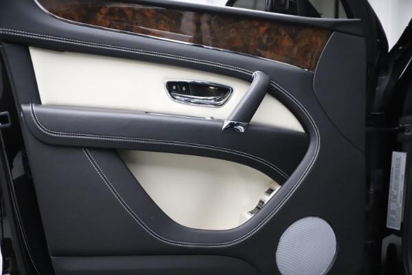 Used 2018 Bentley Bentayga Activity Edition for sale Sold at Alfa Romeo of Westport in Westport CT 06880 16