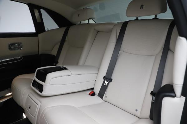 Used 2016 Rolls-Royce Ghost for sale $175,900 at Alfa Romeo of Westport in Westport CT 06880 15
