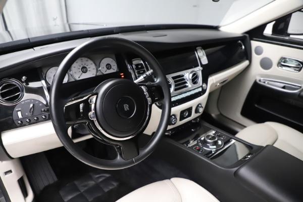 Used 2016 Rolls-Royce Ghost for sale $175,900 at Alfa Romeo of Westport in Westport CT 06880 16