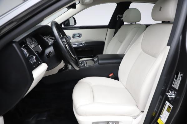 Used 2016 Rolls-Royce Ghost for sale $175,900 at Alfa Romeo of Westport in Westport CT 06880 17