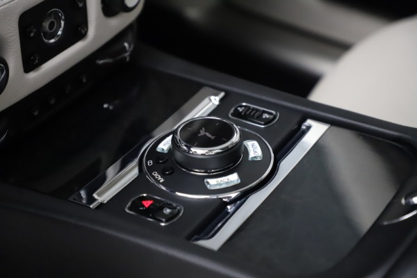 Used 2016 Rolls-Royce Ghost for sale $175,900 at Alfa Romeo of Westport in Westport CT 06880 20