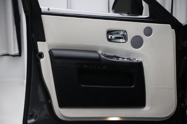 Used 2016 Rolls-Royce Ghost for sale $175,900 at Alfa Romeo of Westport in Westport CT 06880 24