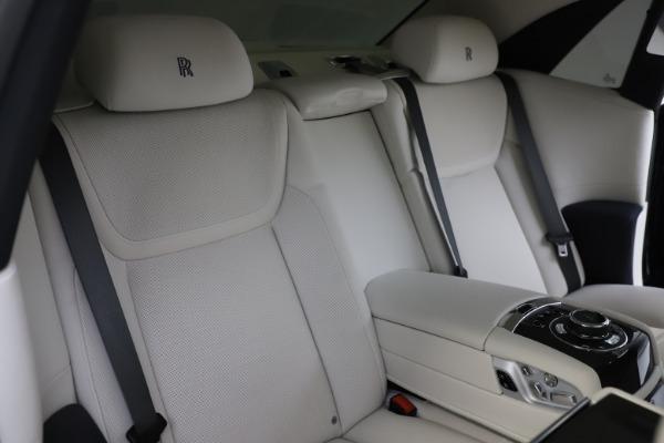 Used 2015 Rolls-Royce Ghost for sale $157,900 at Alfa Romeo of Westport in Westport CT 06880 18