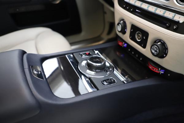 Used 2015 Rolls-Royce Ghost for sale $157,900 at Alfa Romeo of Westport in Westport CT 06880 22