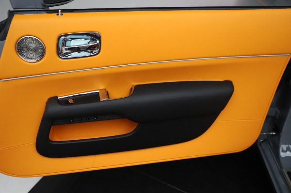 New 2020 Rolls-Royce Dawn Black Badge for sale $482,125 at Alfa Romeo of Westport in Westport CT 06880 25