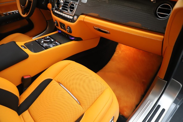 New 2020 Rolls-Royce Dawn Black Badge for sale $482,125 at Alfa Romeo of Westport in Westport CT 06880 26