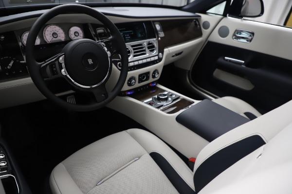 Used 2020 Rolls-Royce Dawn for sale $399,900 at Alfa Romeo of Westport in Westport CT 06880 19