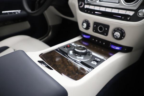 Used 2020 Rolls-Royce Dawn for sale $399,900 at Alfa Romeo of Westport in Westport CT 06880 25