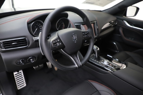 New 2020 Maserati Levante Q4 GranSport for sale $88,885 at Alfa Romeo of Westport in Westport CT 06880 13
