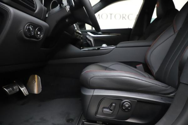 New 2020 Maserati Levante Q4 GranSport for sale $88,885 at Alfa Romeo of Westport in Westport CT 06880 14