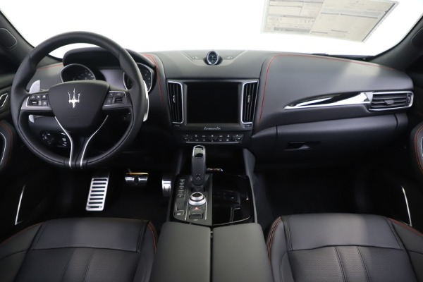 New 2020 Maserati Levante Q4 GranSport for sale $88,885 at Alfa Romeo of Westport in Westport CT 06880 16