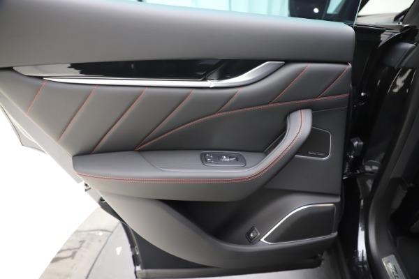 New 2020 Maserati Levante Q4 GranSport for sale $88,885 at Alfa Romeo of Westport in Westport CT 06880 21
