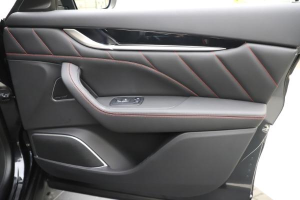 New 2020 Maserati Levante Q4 GranSport for sale $88,885 at Alfa Romeo of Westport in Westport CT 06880 25