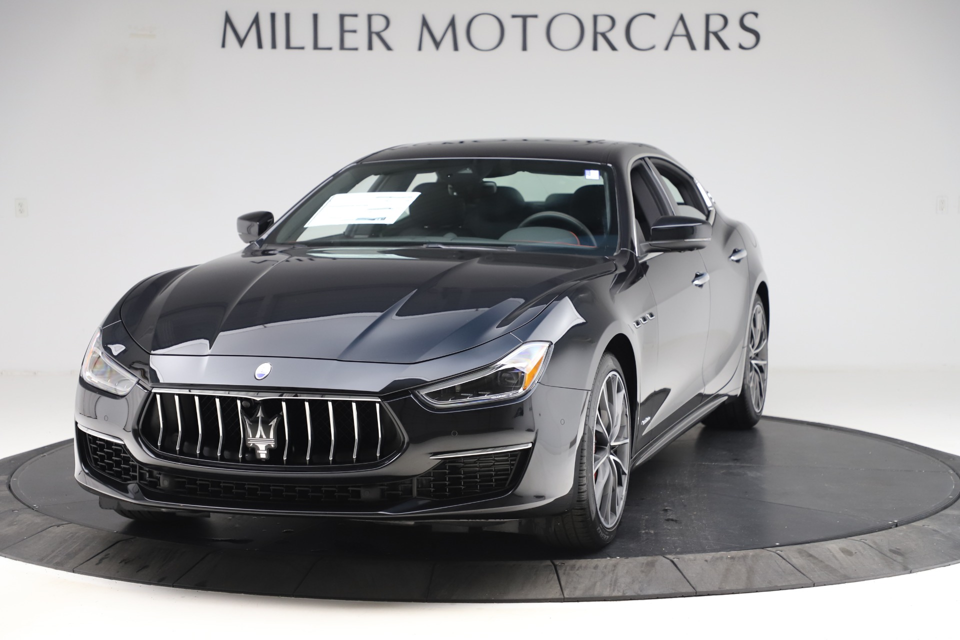 New 2019 Maserati Ghibli S Q4 GranLusso for sale $98,395 at Alfa Romeo of Westport in Westport CT 06880 1