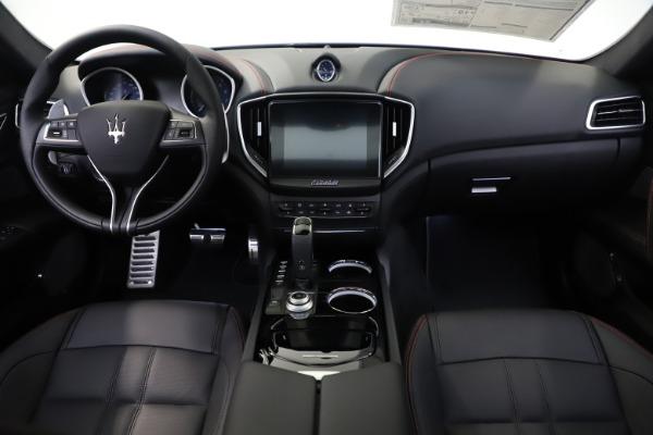 New 2019 Maserati Ghibli S Q4 GranSport for sale $99,905 at Alfa Romeo of Westport in Westport CT 06880 16