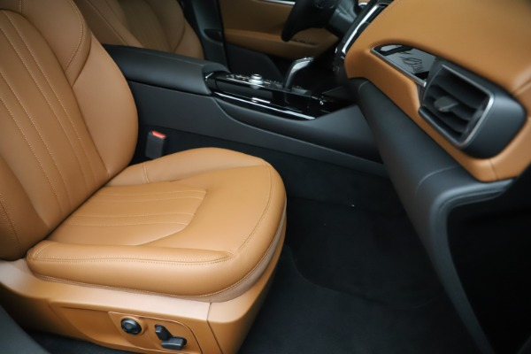 New 2020 Maserati Levante Q4 for sale $79,935 at Alfa Romeo of Westport in Westport CT 06880 24