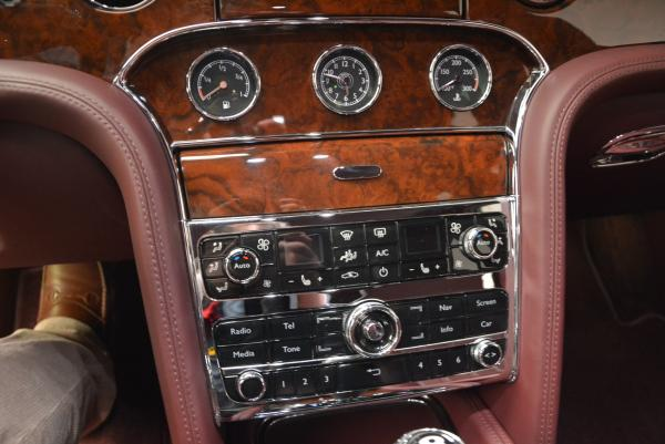 Used 2011 Bentley Mulsanne for sale Sold at Alfa Romeo of Westport in Westport CT 06880 23