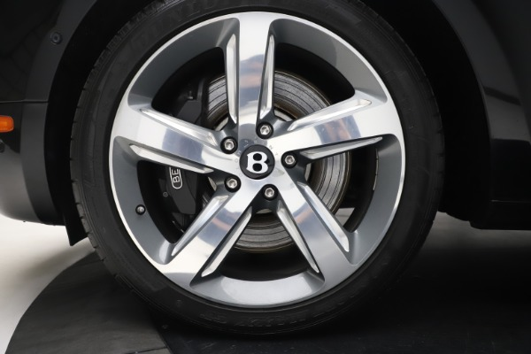 New 2016 Bentley Mulsanne Speed for sale $157,900 at Alfa Romeo of Westport in Westport CT 06880 14