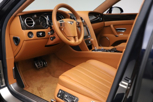 Used 2016 Bentley Flying Spur V8 for sale $119,900 at Alfa Romeo of Westport in Westport CT 06880 17