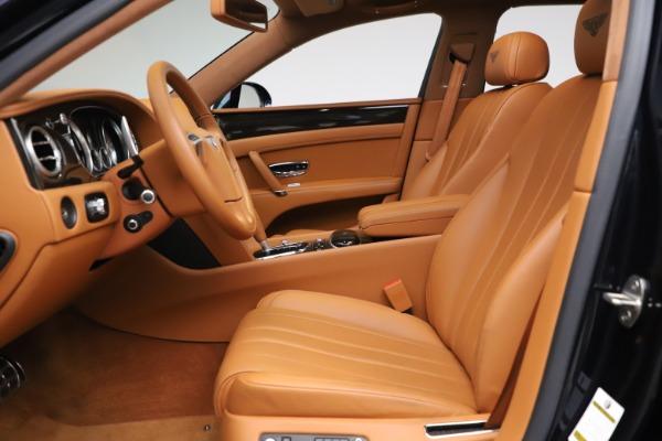 Used 2016 Bentley Flying Spur V8 for sale $119,900 at Alfa Romeo of Westport in Westport CT 06880 18