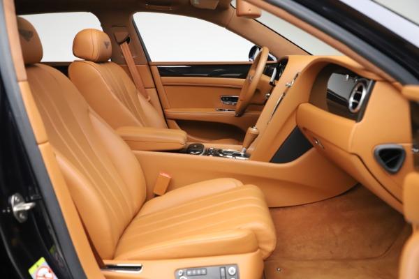 Used 2016 Bentley Flying Spur V8 for sale $119,900 at Alfa Romeo of Westport in Westport CT 06880 23