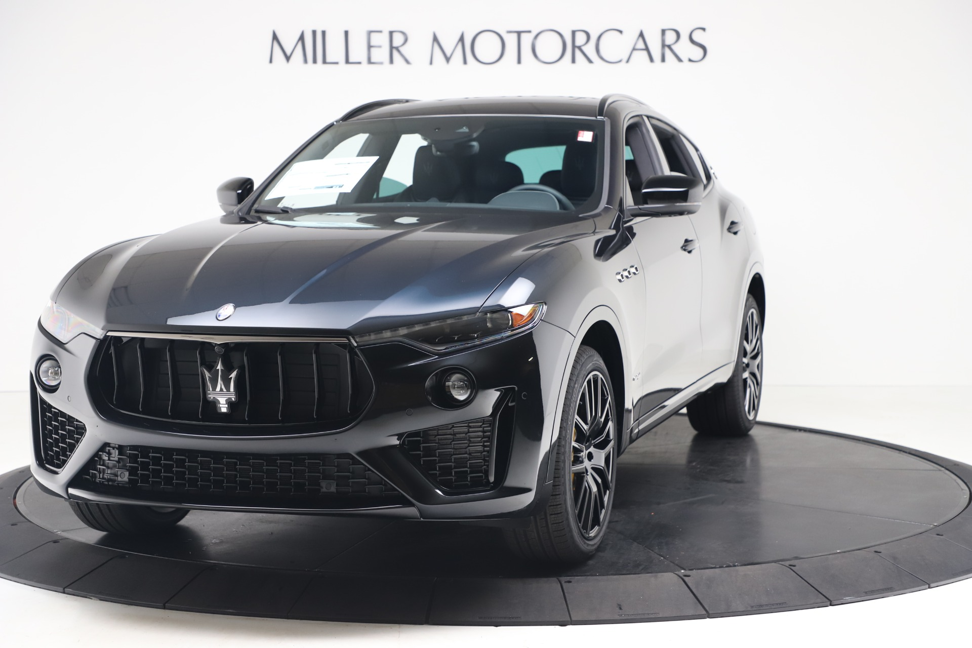 New 2020 Maserati Levante S Q4 GranSport for sale $106,585 at Alfa Romeo of Westport in Westport CT 06880 1