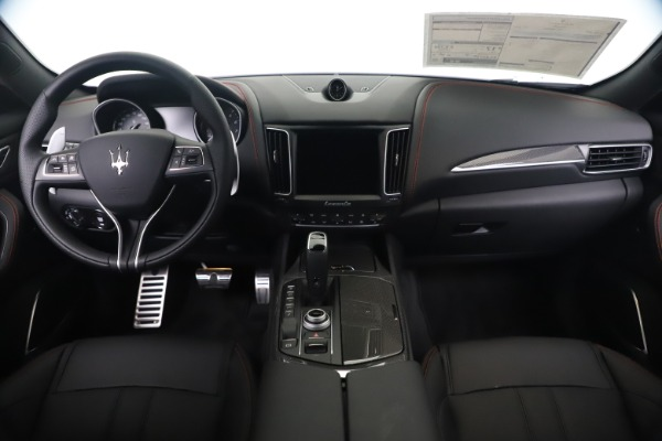 New 2020 Maserati Levante Q4 GranSport for sale Sold at Alfa Romeo of Westport in Westport CT 06880 16