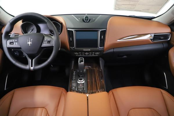 New 2020 Maserati Levante Q4 GranLusso for sale $87,335 at Alfa Romeo of Westport in Westport CT 06880 16