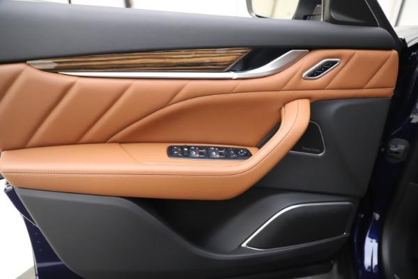 New 2020 Maserati Levante Q4 GranLusso for sale $87,335 at Alfa Romeo of Westport in Westport CT 06880 17