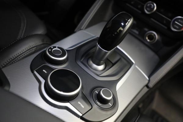 New 2019 Alfa Romeo Stelvio Ti Sport Q4 for sale $52,640 at Alfa Romeo of Westport in Westport CT 06880 28
