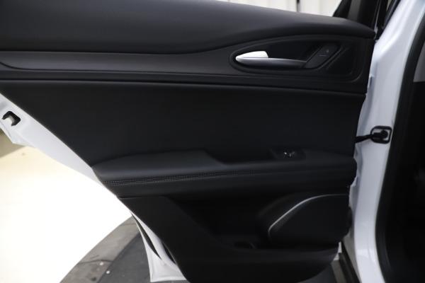 New 2019 Alfa Romeo Stelvio Ti Q4 for sale $51,490 at Alfa Romeo of Westport in Westport CT 06880 21