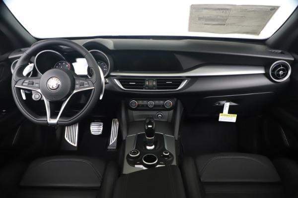 New 2019 Alfa Romeo Stelvio Ti Sport Q4 for sale $53,990 at Alfa Romeo of Westport in Westport CT 06880 16