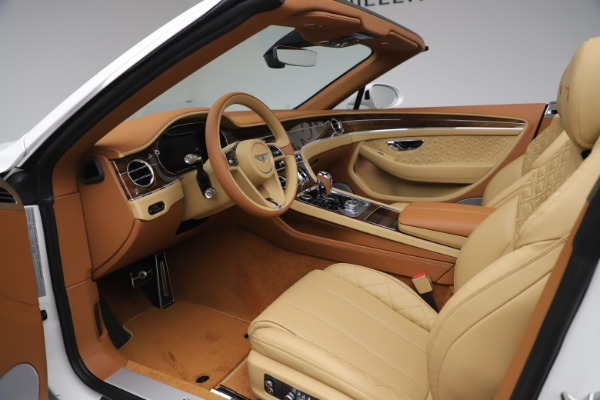 New 2020 Bentley Continental GTC V8 for sale $279,560 at Alfa Romeo of Westport in Westport CT 06880 27