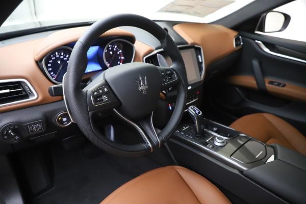 New 2020 Maserati Ghibli S Q4 for sale $86,285 at Alfa Romeo of Westport in Westport CT 06880 13