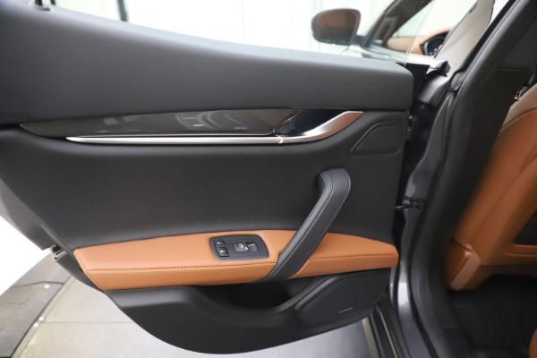 New 2020 Maserati Ghibli S Q4 for sale $86,285 at Alfa Romeo of Westport in Westport CT 06880 21