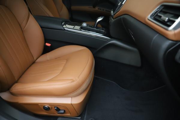 New 2020 Maserati Ghibli S Q4 for sale $86,285 at Alfa Romeo of Westport in Westport CT 06880 24