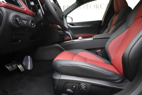 New 2020 Maserati Ghibli S Q4 GranSport for sale $94,785 at Alfa Romeo of Westport in Westport CT 06880 14