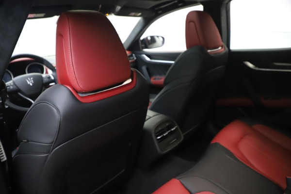 New 2020 Maserati Ghibli S Q4 GranSport for sale $94,785 at Alfa Romeo of Westport in Westport CT 06880 20