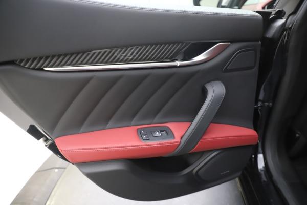 New 2020 Maserati Ghibli S Q4 GranSport for sale $94,785 at Alfa Romeo of Westport in Westport CT 06880 21