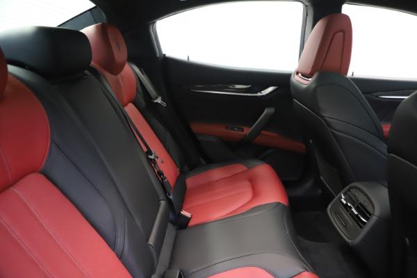 New 2020 Maserati Ghibli S Q4 GranSport for sale $94,785 at Alfa Romeo of Westport in Westport CT 06880 27