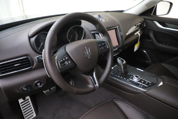 New 2020 Maserati Levante Q4 GranLusso for sale $87,885 at Alfa Romeo of Westport in Westport CT 06880 13